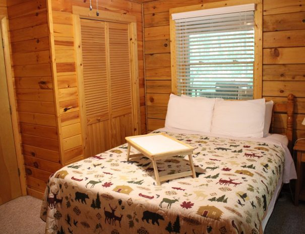 Iron Ring Cabin King Bedroom 1