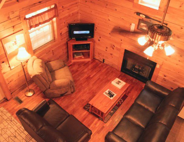 Mountaineer Living Room Overlook