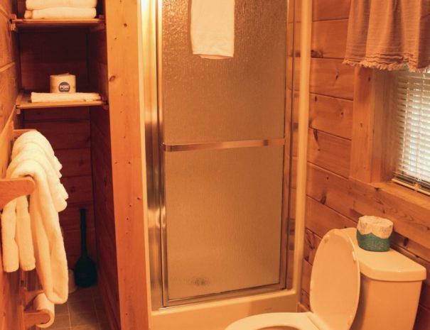 Mountaineer Upstairs Bathroom