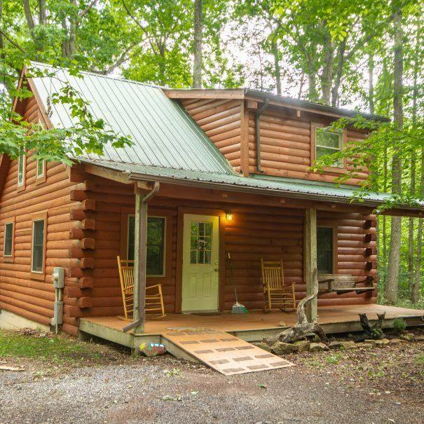 Holly Rock Cabin Outside