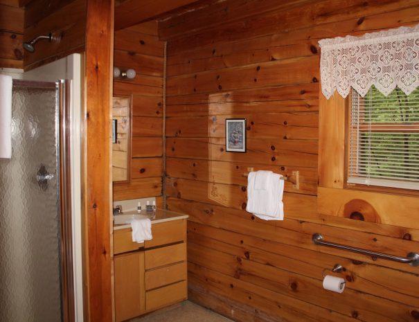 Jackson Cabin Bathroom