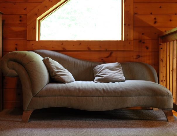 Pillow Rock Cabin Daybed