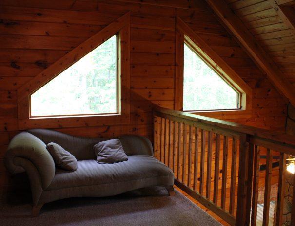 Pillow Rock Cabin Loft 1