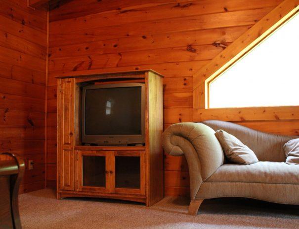 Pillow Rock Cabin Loft