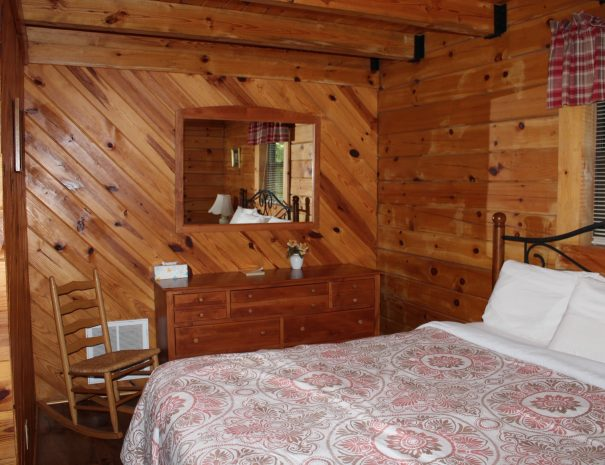 Spencer Cabin King Bedroom