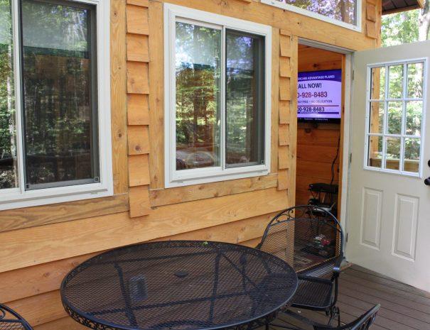 Tuscany Tree House Cabin Outdoor Table