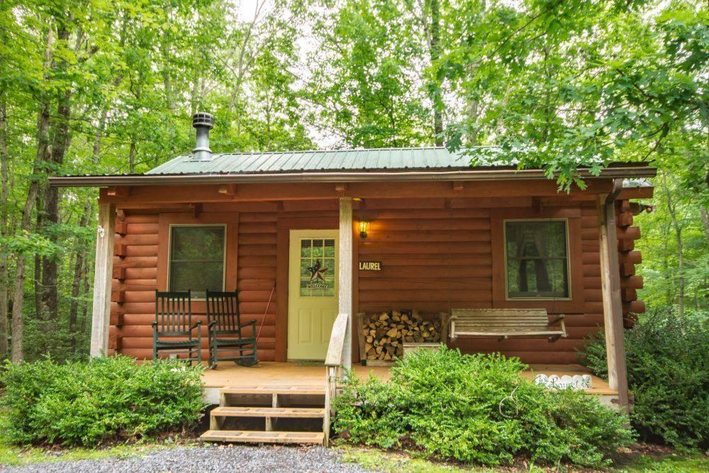 Laurel Cabin Outside