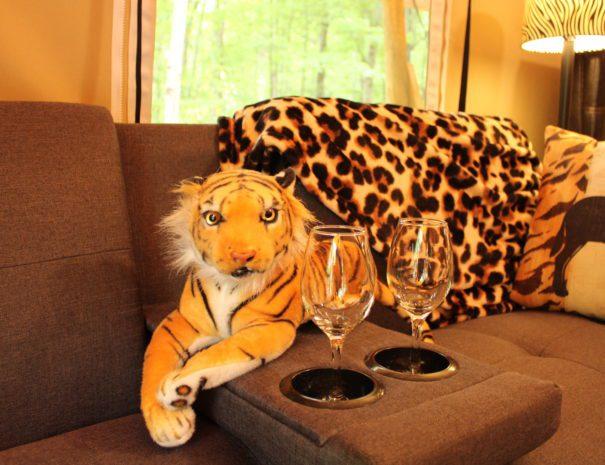 Safari Sun Champagne Glasses and Tiger